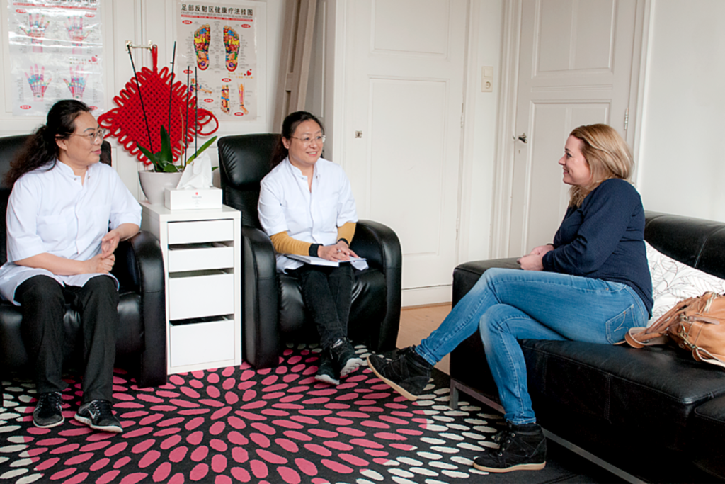 tuina massage Haarlem intake gesprek met therapeut